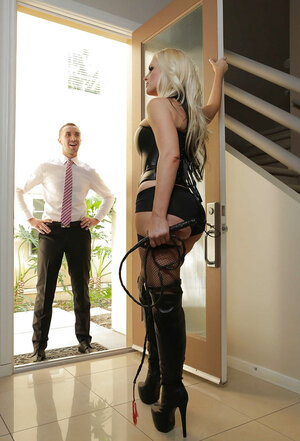 Hot blonde discovers inner femdom goddess and plus makes guest obey sucking him off