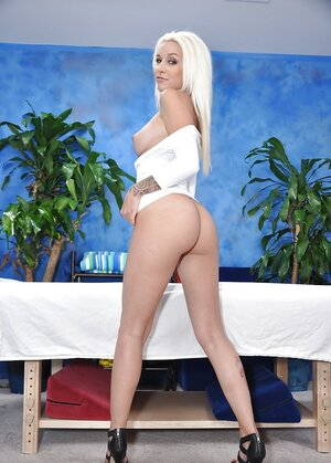 Hoe with platinum blonde hair manifests her tits and ass to attract clients